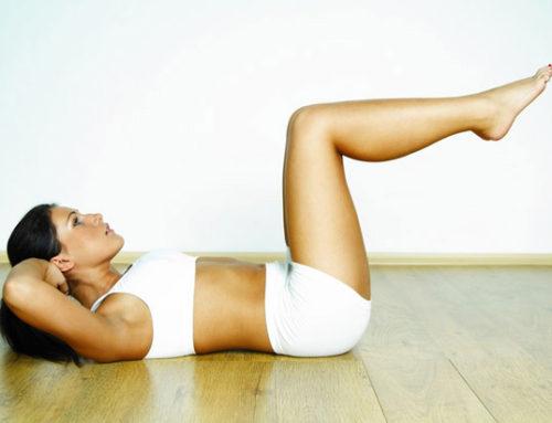 Muscler son dos et ses abdos à domicile